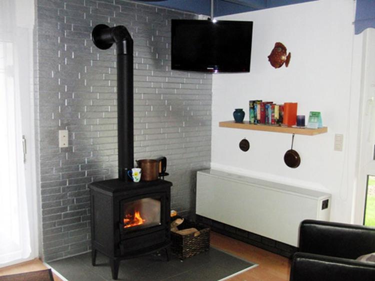 ferienhaus dorum region cuxhaven ferienhaus christian mit wintergarten und kamin ferienwohnung. Black Bedroom Furniture Sets. Home Design Ideas