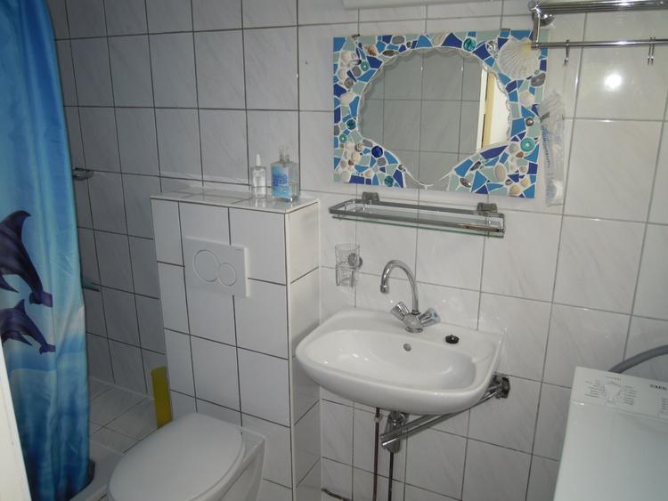 Douche,toilet, waschbecken, waschmachine