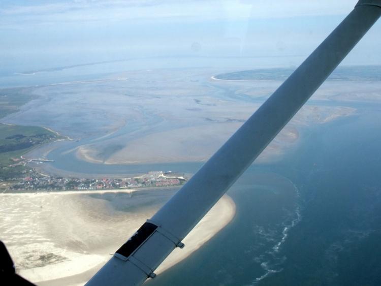 Blick auf die Südspitze vom Flieger aus