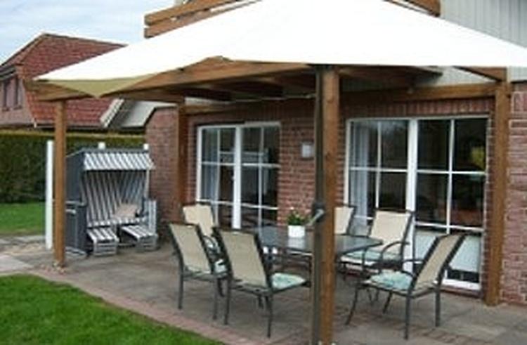 Terrasse mit Bestuhlung