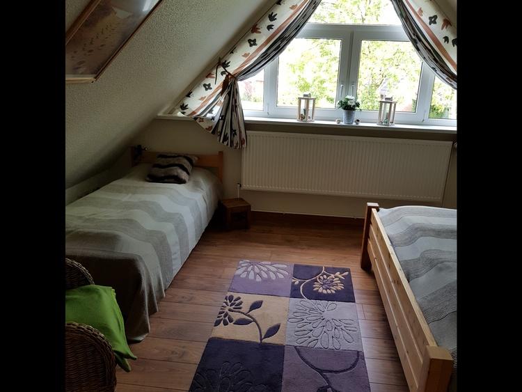 links das Einzelbett, rechts das Doppelbett