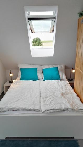 Dritter Schlafraum im Dachgeschoss mit 140x200 Bett