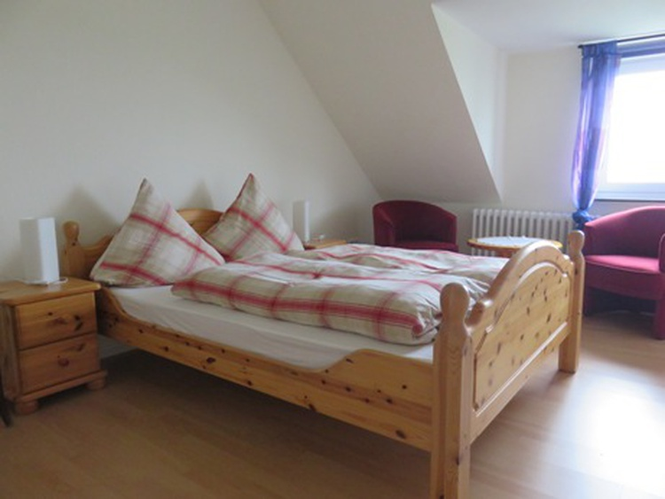 Schlafzimmer Wohnung FLUT