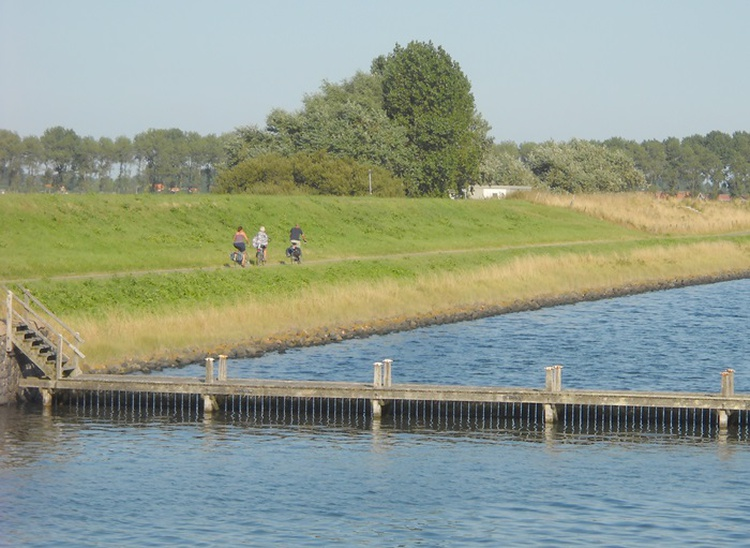 it  is great cycling along different waters