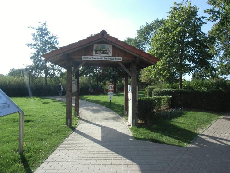 Eingang zum Haustierpark in Werdum