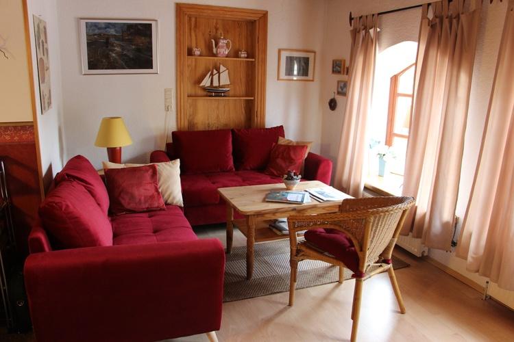 Dänisches Design prägt das Wohnzimmer