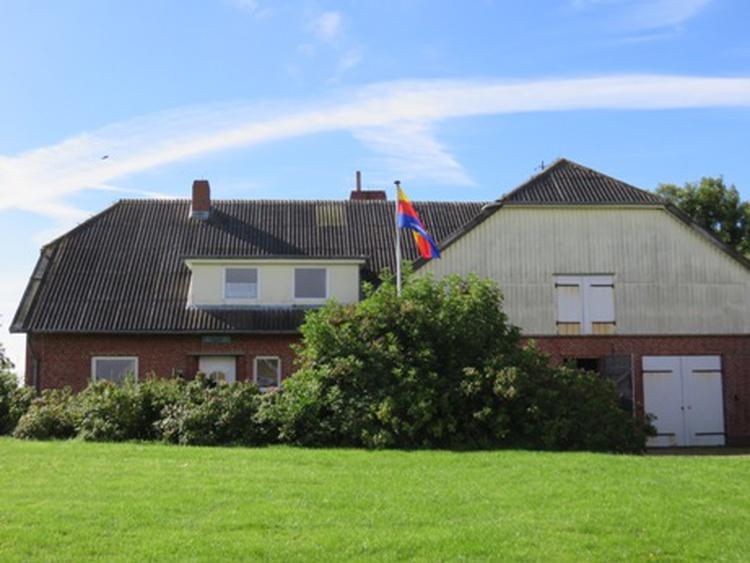 Haus von der Auffahrt (Norden) gesehen
