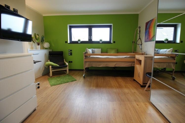 Pflegezimmer - 1. Schlafzimmer