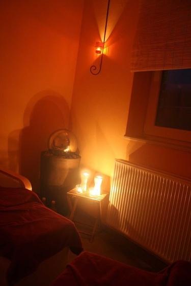 Der Entspannungsbereich in unserem Sauna-/Wellnessraum