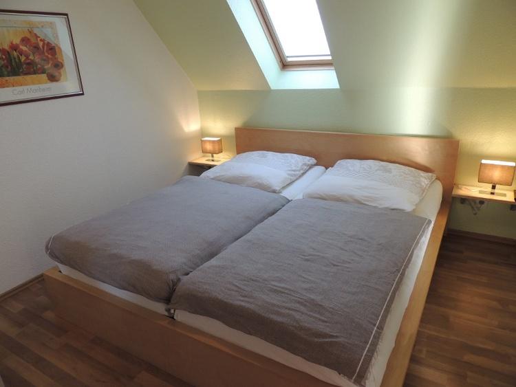 Schlafzimmer FeWo 2-05