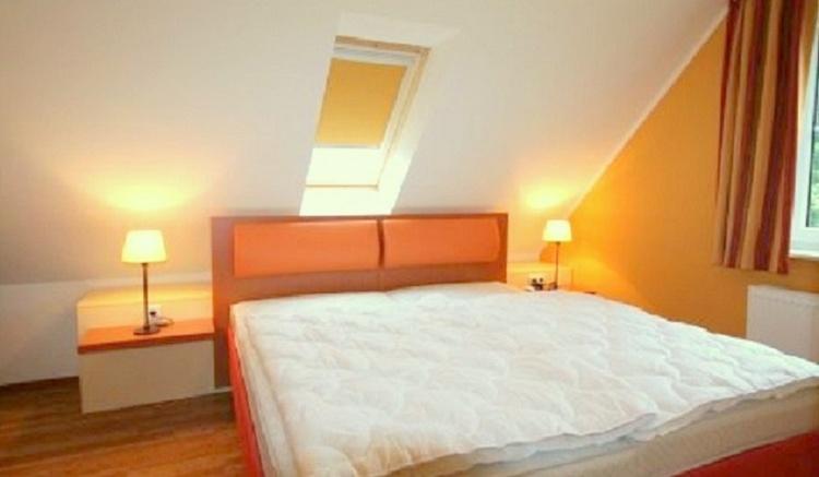 Schlafzimmer OG Doppelbett Haus 1, 3, 4 & 5