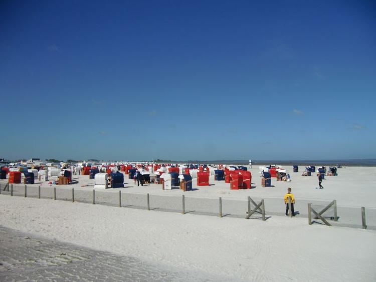 Strand in 800m Entfernung