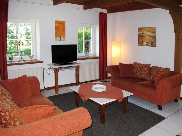 Wohnzimmer Ferienwohnung Nr. 2
