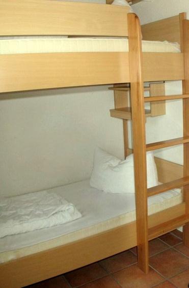 Schlafzimmer EG Etagenbett Haus 3 & 5