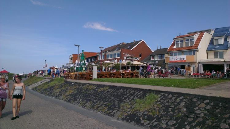 Strandpromenade Sahlenburg