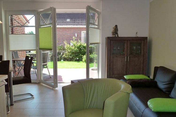 Modernes Ambiente mit Terrassen-Zugang