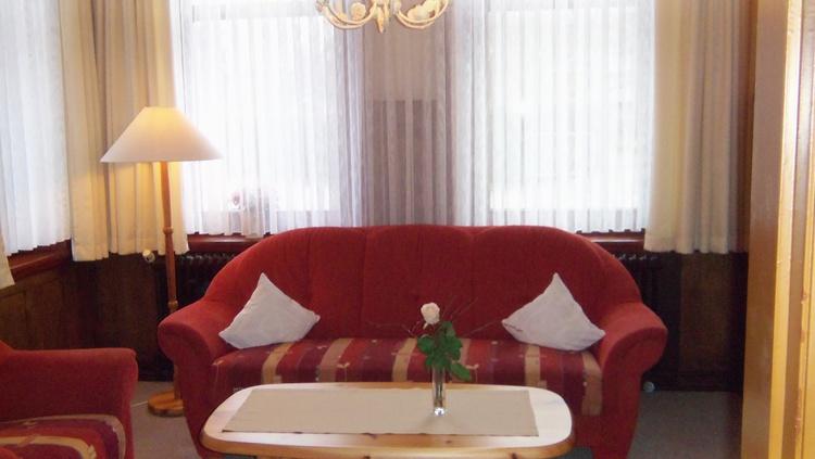 Wohnzimmer Parterre mit FlachTv und Wlan